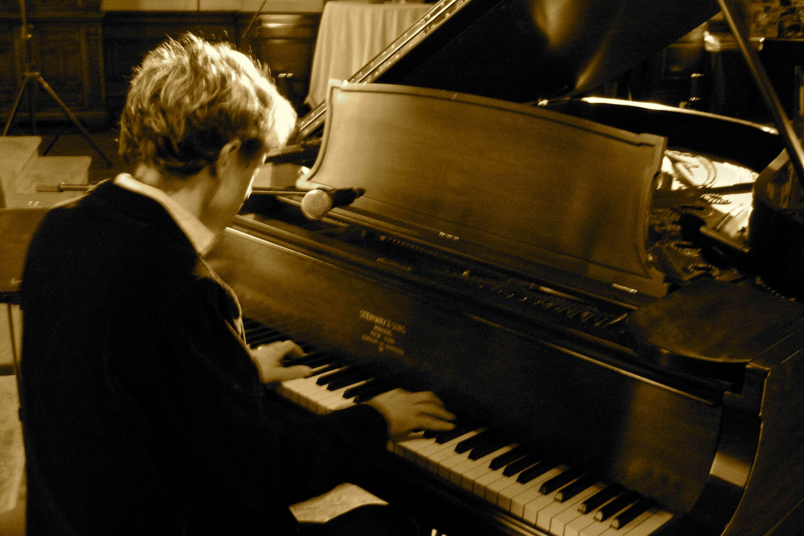 tocar Piano aula